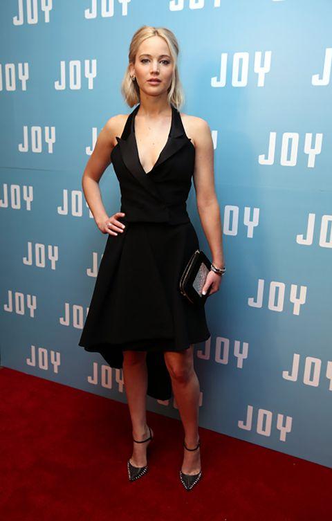 Dress, Shoulder, Shoe, Flooring, Human leg, Joint, Style, Waist, One-piece garment, Cocktail dress,