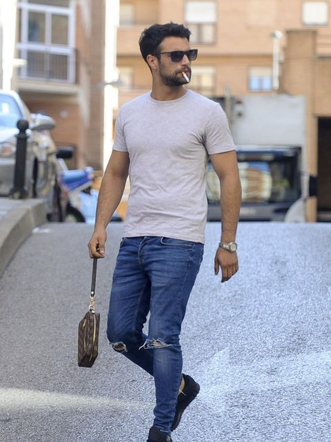 Jeans, Denim, Clothing, Street fashion, Eyewear, Facial hair, Fashion, Snapshot, Sunglasses, Beard,