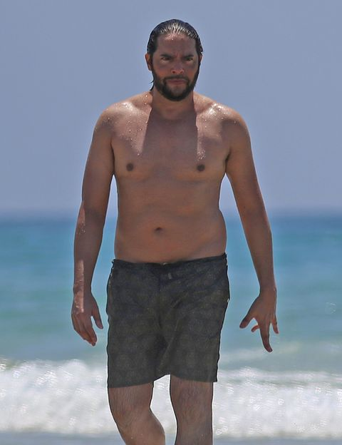Facial hair, Standing, Summer, People in nature, board short, Barechested, People on beach, Chest, Ocean, Shorts,