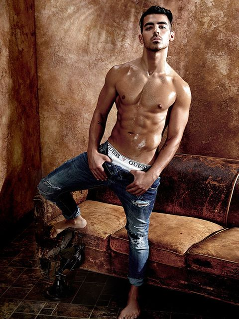 Human, Leg, Human body, Trousers, Jeans, Denim, Barechested, Chest, Muscle, Trunk,