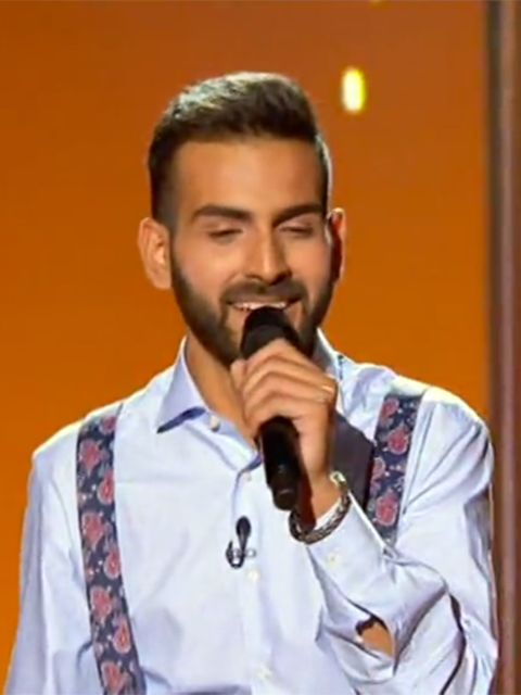 Facial hair, Moustache, Chin, Singer, Beard, Singing, Music artist,