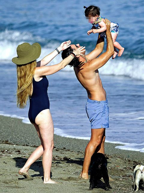 People on beach, Fun, Water, Muscle, Vacation, Leg, Summer, Beach, Bikini, Photography,
