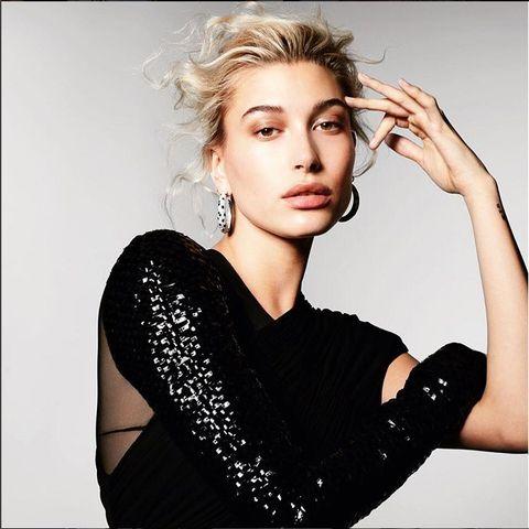 Lip, Hairstyle, Eye, Forehead, Shoulder, Eyebrow, Eyelash, Joint, Style, Wrist,