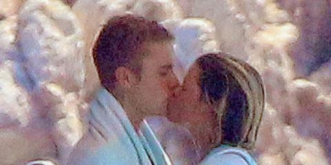 Photograph, Kiss, Romance, Interaction, Love, Gesture, Honeymoon, Holiday, Ceremony, Bride,