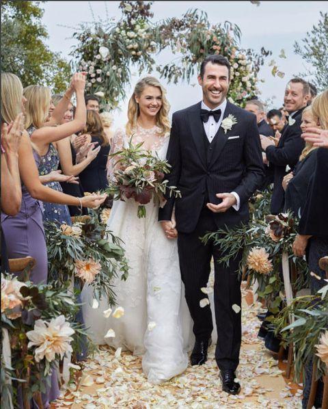 Photograph, Bride, Ceremony, Wedding dress, Wedding, Gown, Event, Formal wear, Flower Arranging, Floristry,