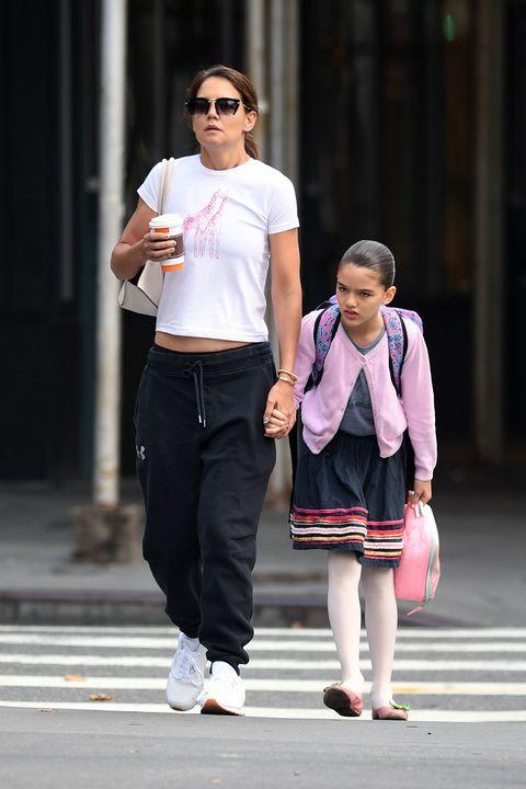 People, Pink, Street fashion, Fashion, Snapshot, Walking, Sunglasses, Infrastructure, Tights, Pedestrian,