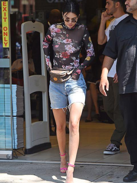 Clothing, Eyewear, Leg, Trousers, Denim, Human leg, Textile, Outerwear, Hat, T-shirt,