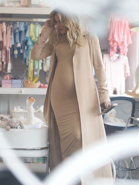 Sleeve, Shoulder, Dress, Fashion, One-piece garment, Blond, Day dress, Peach, Waist, Shelving,