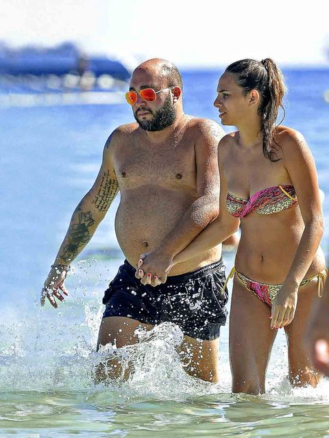 Fun, Brassiere, People on beach, Swimwear, Summer, People in nature, Swimsuit top, Interaction, Undergarment, Vacation,