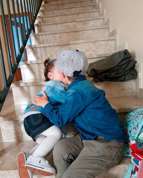 Sitting, Floor, Child, Flooring, Comfort, Furniture,