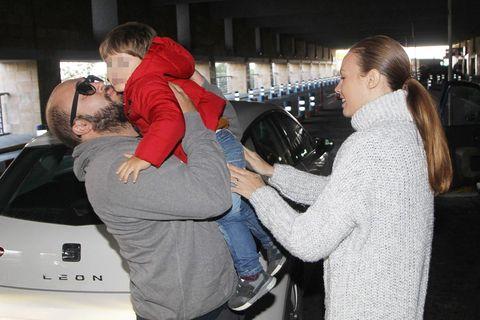 Luxury vehicle, Interaction, Fun, Passenger, Hug, Vehicle, Car, Tourism,
