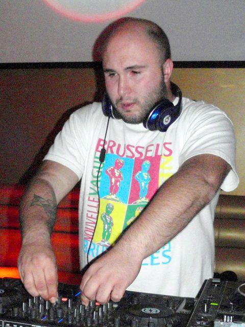Music, Deejay, Entertainment, Shirt, Technology, Electronics, Disc jockey, T-shirt, Facial hair, Beard,