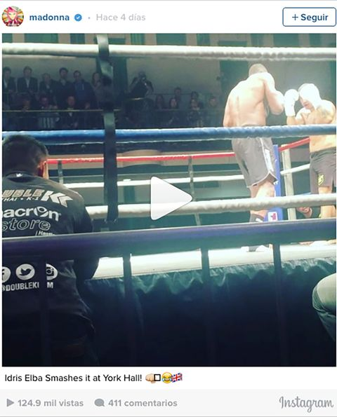 Human, Sport venue, Barechested, Competition event, Combat sport, Contact sport, Back, Sports, Muscle, Striking combat sports,