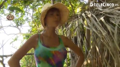 Nature, Yellow, Branch, Shoulder, Organism, Hat, Photograph, Sleeveless shirt, Summer, Sunlight,