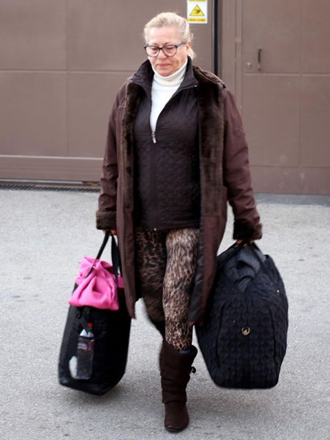 Brown, Bag, Textile, Outerwear, Style, Winter, Luggage and bags, Street fashion, Jacket, Fashion,