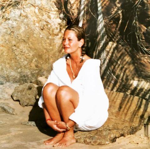 Beauty, Sitting, Photography, Photo shoot, Barefoot,