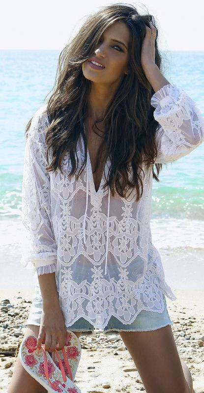 Clothing, Hairstyle, Sleeve, Summer, Beauty, People in nature, Fashion, Beach, Long hair, Nail,