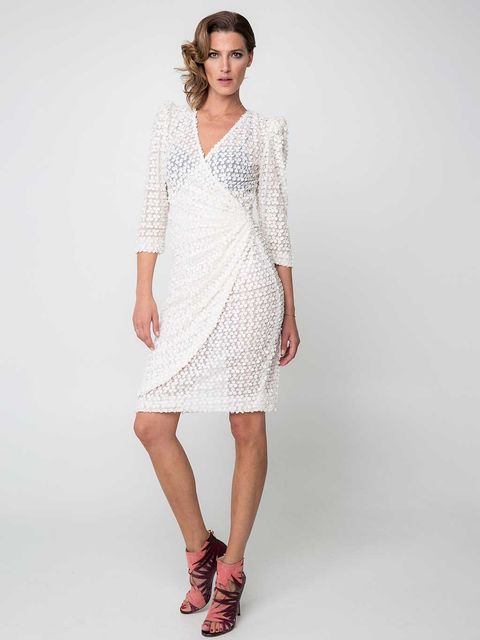 Sleeve, Human leg, Shoulder, Textile, Joint, Dress, Style, One-piece garment, Pattern, Knee,