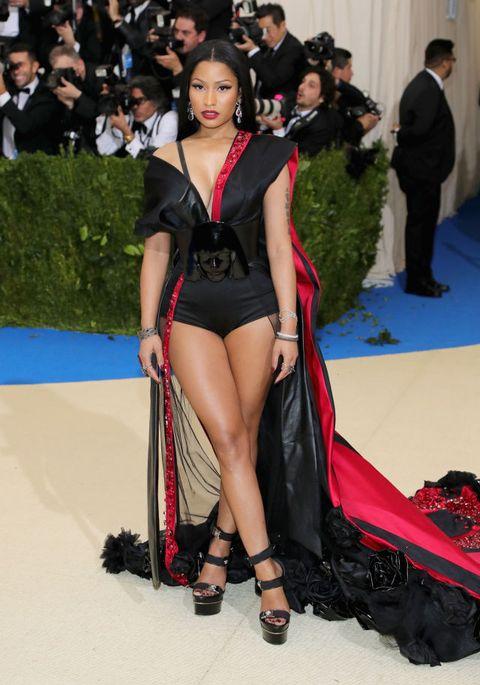 Fashion model, Clothing, Thigh, Fashion, Leg, Red carpet, Long hair, Carpet, Black hair, Human body,