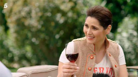 Red wine, Drinking, Wine glass, Drink, Stemware, Glass, Wine, Happy, Smile,