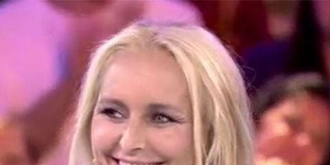 Hair, Blond, Face, Hairstyle, Beauty, Cheek, Long hair, Mouth, Brown hair, Lip,