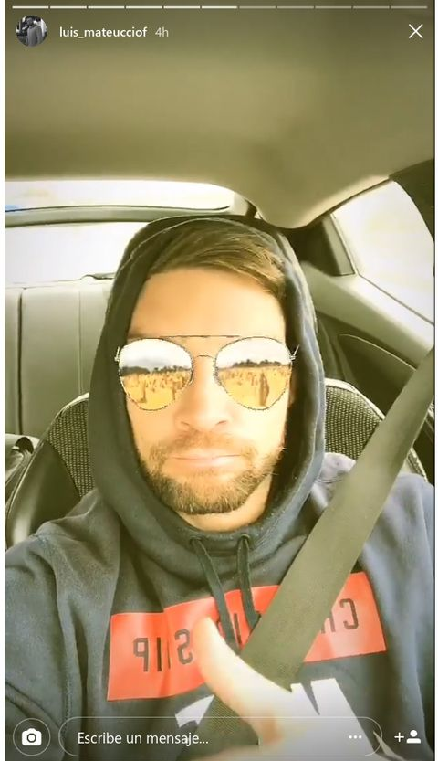 Eyewear, Vision care, Vehicle door, Jacket, Facial hair, Sunglasses, Car seat, Cool, Beard, Moustache,