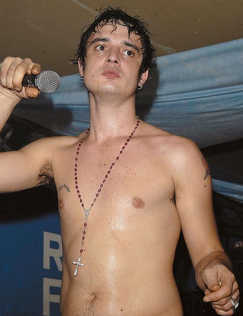 Arm, Finger, Microphone, Skin, Chest, Barechested, Joint, Audio equipment, Trunk, Muscle,