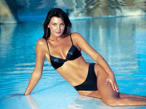 Swimwear, Clothing, Bikini, Thigh, Leg, Beauty, Black hair, Swimming pool, Model, Leisure,