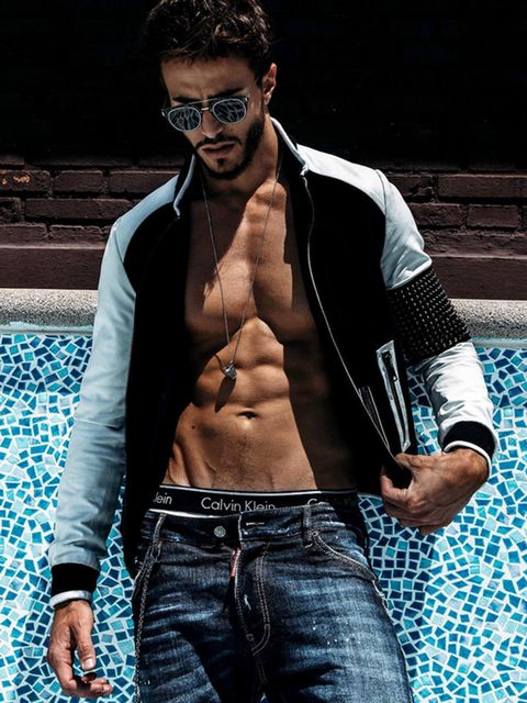 Barechested, Muscle, Model, Chest, Cool, Eyewear, Abdomen, Jeans, Arm, Trunk,