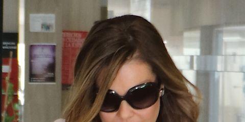 Eyewear, Hair, Sunglasses, Face, Hairstyle, Glasses, Blond, Cool, Hair coloring, Brown hair,