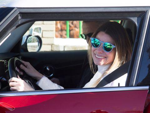 Eyewear, Motor vehicle, Vision care, Automotive design, Vehicle, Automotive mirror, Goggles, Vehicle door, Sunglasses, Steering wheel,