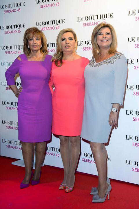 Pink, Cocktail dress, Dress, Fashion, Premiere, Event, Red carpet, Carpet, Flooring, Magenta,