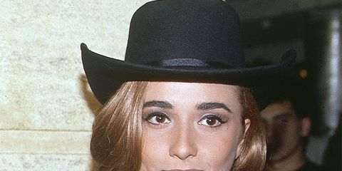 Hat, Chin, Eyebrow, Style, Headgear, Fashion accessory, Costume accessory, Eyelash, Costume hat, Sun hat,