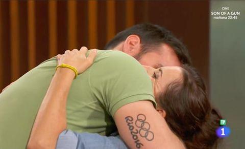 Shoulder, Neck, Interaction, Arm, Romance, Love, Hug, Back, Kiss,