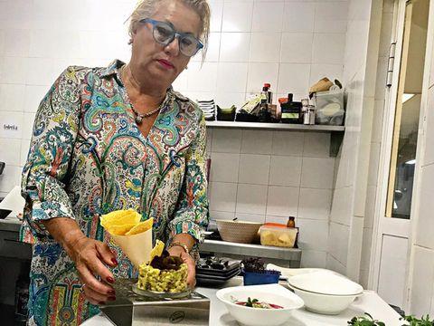 Meal, Food, Cooking, Room, Dish, Homemaker, Vegetarian food, Cuisine, Side dish,