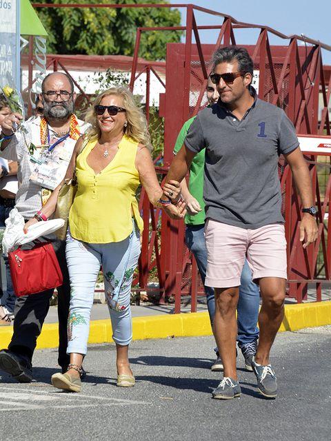 People, Yellow, Fashion, Eyewear, Sunglasses, Fun, Tourism, Footwear, Summer, Event,