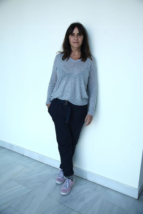 Clothing, Sleeve, Shoulder, Textile, Joint, Standing, Outerwear, Denim, Style, Floor,