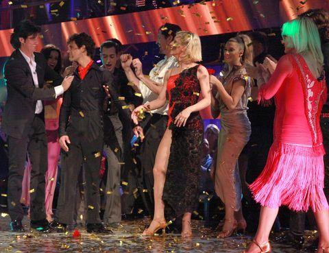 Event, Entertainment, Performing arts, Dancer, Performance, Party, Public event, Dance, Choreography, Celebrating,