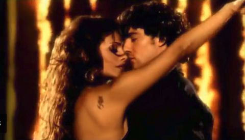 Romance, Interaction, Love, Scene, Gesture, Black hair,