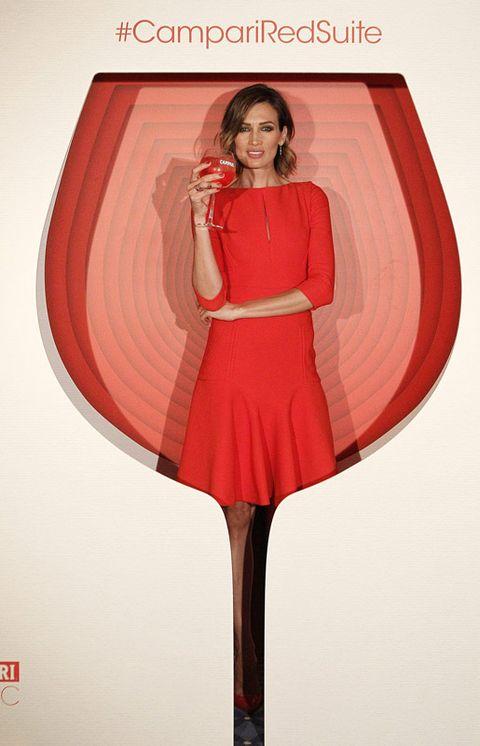 Red, Fashion, Carmine, Maroon, Waist, Fashion illustration, Costume, One-piece garment, Illustration, Painting,