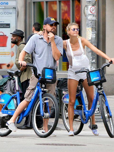 Tire, Wheel, Bicycle wheel, Bicycle tire, Bicycle handlebar, Bicycle, Bicycle frame, Bicycle wheel rim, Shoe, Bicycle fork,