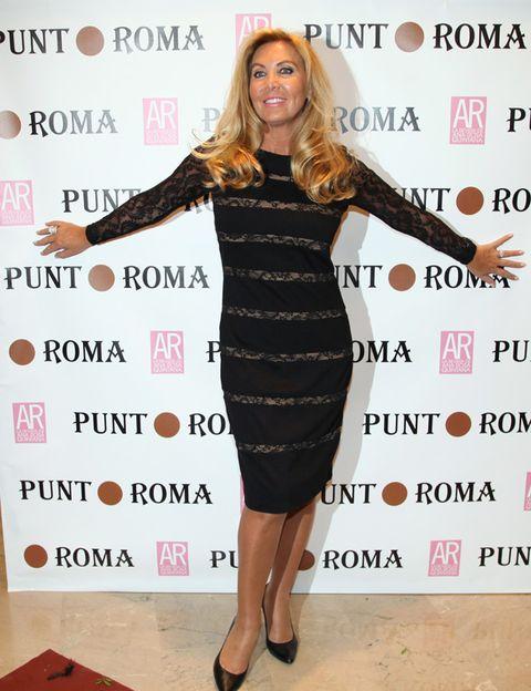 Dress, Flooring, Style, One-piece garment, High heels, Cocktail dress, Day dress, Waist, Premiere, Little black dress,