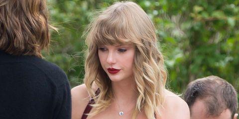 Hair, Blond, Hairstyle, Beauty, Layered hair, Long hair, Brown hair, Lip, Surfer hair, Bangs,