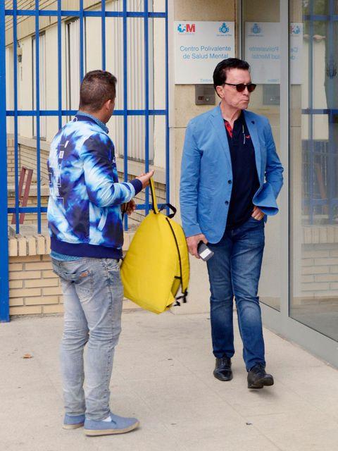 Yellow, Jeans, Denim, Electric blue, Jacket,