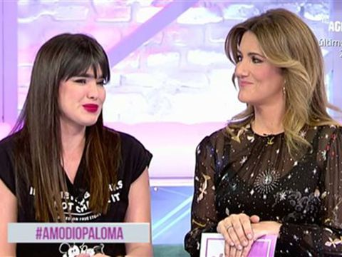 Nose, Hairstyle, Eye, Eyebrow, Eyelash, Beauty, Fashion, Newscaster, Television presenter, Step cutting,