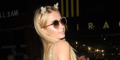 Eyewear, Hair, Sunglasses, Glasses, Cool, Hairstyle, Blond, Fashion, Beauty, Vision care,