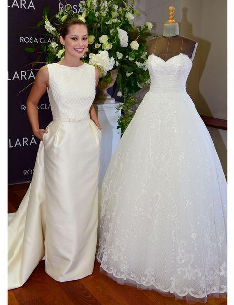 Clothing, Dress, Bridal clothing, Sleeve, Shoulder, Gown, Textile, Photograph, Petal, Wedding dress,