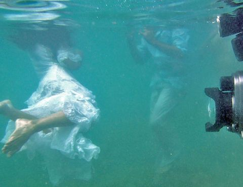 Fluid, Underwater, Liquid, Aqua, Swimming pool, Teal, Swimming, Marine biology, Ankle,
