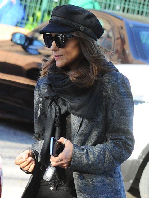 Eyewear, Sunglasses, Street fashion, Clothing, Snapshot, Cool, Fashion, Hat, Fedora, Leather,
