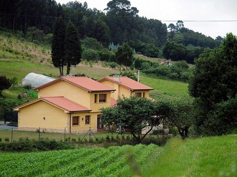 Property, Green, Rural area, House, Natural landscape, Home, Hill station, Land lot, Farm, Mountain village,